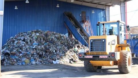 Среднесуточный вывоз ТКО подрядчиками Регоператора превысил 1000 кубометров