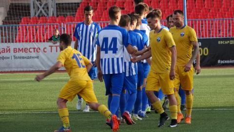 Саратовские футболисты дома проиграли «Зоркому»