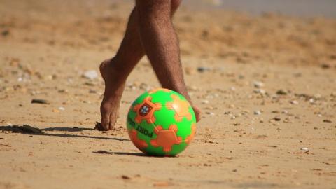 Саратовские пляжники упустили два мяча преимущества