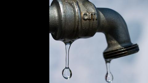 В Саратове две улицы отключены от воды