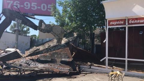 На Привокзальной площади демонтирован торговый ларек