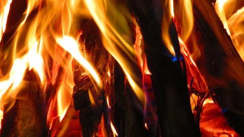 Пожары в Заводском. Горели дача и автомобиль