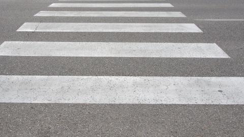 Женщина на «Крайслере» сбила на «зебре» пешехода