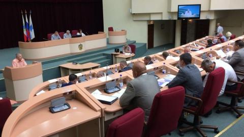 Городского депутата напрягает нехватка «скорых» в Саратове