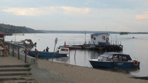 На владельца затонувшей у Затона лодки с пассажирами возбудили уголовное дело