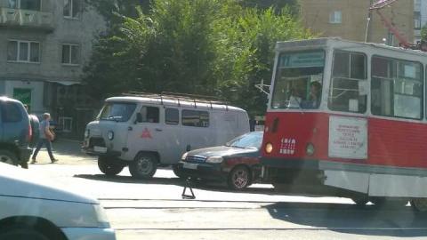 В Саратове встали трамваи 11-го маршрута