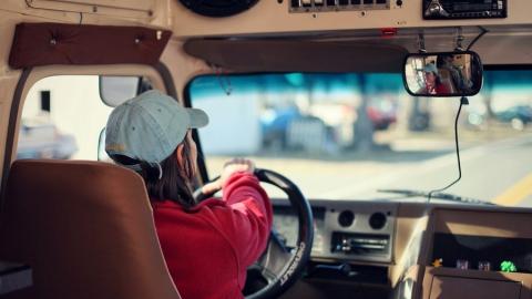 С начала года в Саратове совершено 83 кражи и угона машин