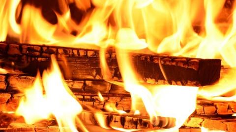 Мужчина сгорел на пожаре, пока жена гостила у родственников