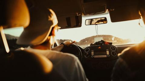 """Причиной вечерней аварии под Татищево стало превышение скорости водителем """"Мерседеса"""""""