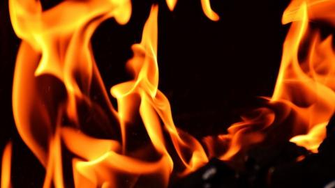 За сутки в области сгорели дом, дача и машина