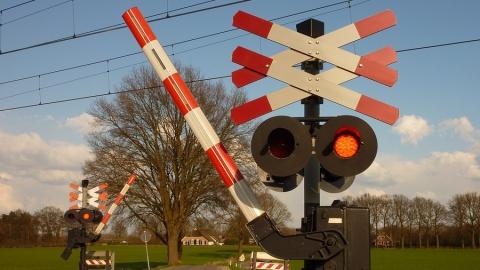 В Саратове закроют железнодорожный переезд в Заводском районе