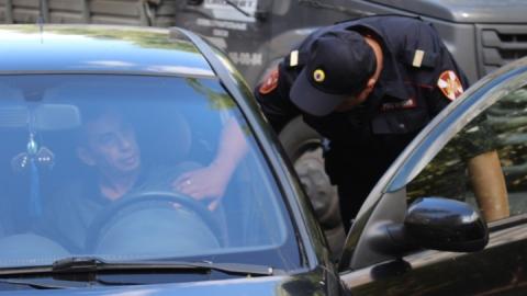Боец Росгвардии задержал пьяного автохама