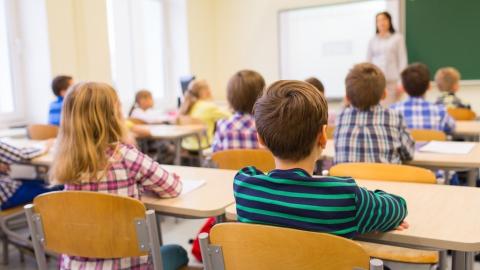 Школьные учителя будут выявлять наркоманов среди детей