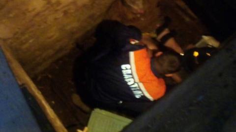 Спасатели вытащили упавшую в погреб жительницу Вольска со сломанной ногой