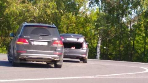 На Усть-Курдюмском шоссе образовалась пробка