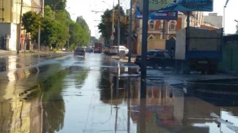Улицу Чернышевского снова заливает водой