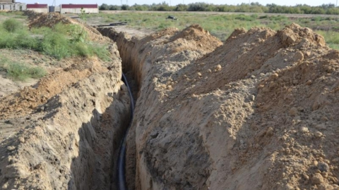 В траншее аммиакопровода погиб рабочий под обвалом грунта