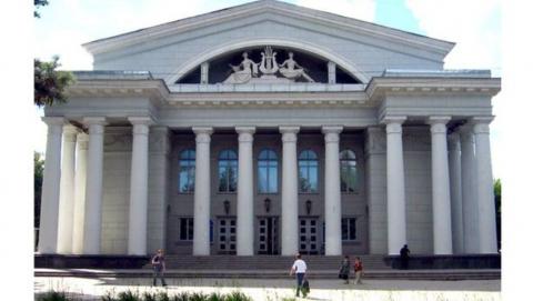 Ремонт оперного театра в Саратове откладывается