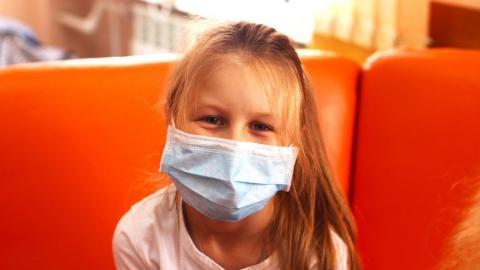 У саратовцев просят помощи для шестилетней Евы Сухановой с острым лейкозом