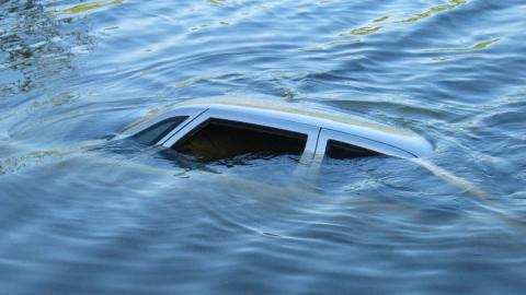 Пропавший саратовец найден на дне реки в собственном авто