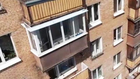 С третьего этажа упал и разбился 7-летний ребенок