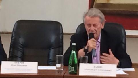 В Саратове на обсуждении пенсионной реформы призвали не расшатывать ситуацию в стране
