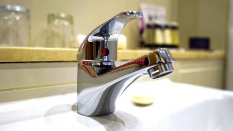 Энергетики возобновляют подачу горячей воды после проведенной опрессовки в Саратове