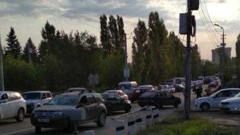 Блокирован въезд в Саратов со стороны 6-го квартала