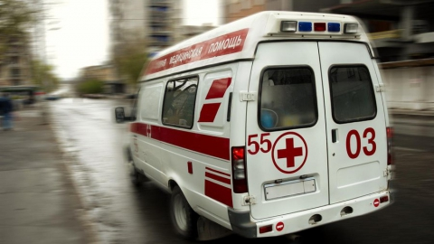В центре Саратова под колесами грузовика пострадал мальчик