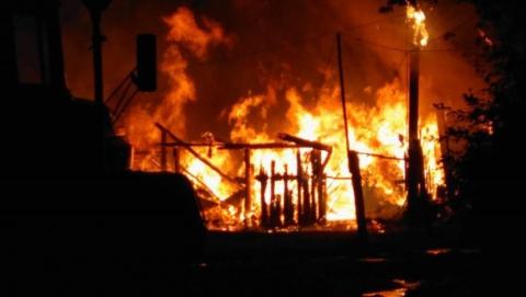 В селе Царевщина пожар лишил крова семью