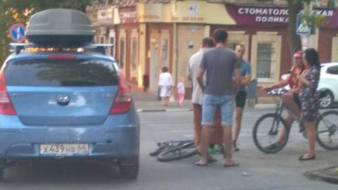 """Автомобиль """"Алло Такси"""" сбил велосипедиста"""