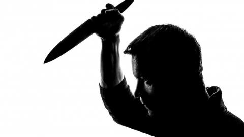 Саратовец пырнул отца ножом в живот и шею