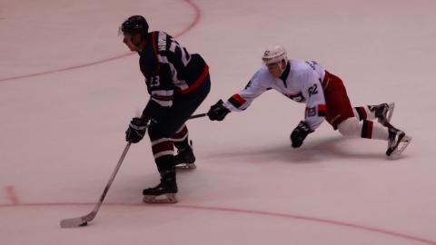 Саратовские хоккеисты победили курганских