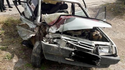 """В Вольске в тройной аварии пострадали водитель и пассажир """"девятки"""""""
