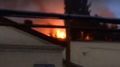 ГУ МЧС: Пожар в Заводском  тушат 8 расчетов и 22 пожарных