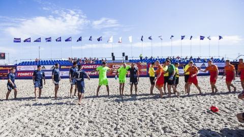 Саратовские «пляжники» досрочно вышли в четвертьфинал Кубка России