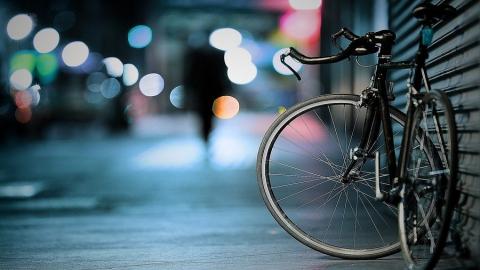 """Подросток на велосипеде получил травмы в аварии с """"Рено"""""""