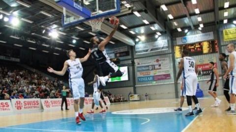 Саратовские баскетболисты не смогли выиграть в Швейцарии
