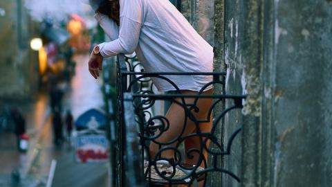 При обрушении балкона на Вавилова погибла женщина