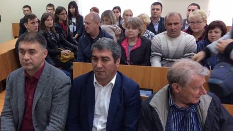 Судья пять часов зачитывает приговор Дмитрию Миненкову