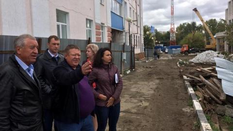 Панков о реконструкции гимназии №89: Нужно менять отношение к работе