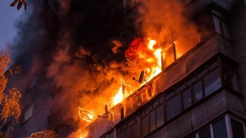 Пожар в Ленинском. 75 человек эвакуированы. Один погиб