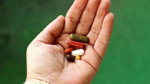 В Саратове минздрав отказывает в лекарствах семилетнему ребенку с редким заболеванием