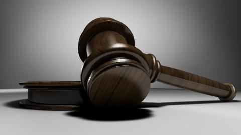 «ЭнергосбыТ Плюс» направил первый реестр должников для судебной работы в специализированную компанию