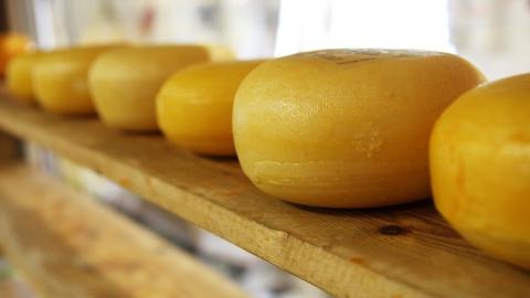 В Саратове задержали безработную похитительницу сыра