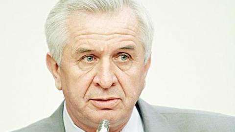 Виктор Малетин передал поздравления представителям старшего поколения
