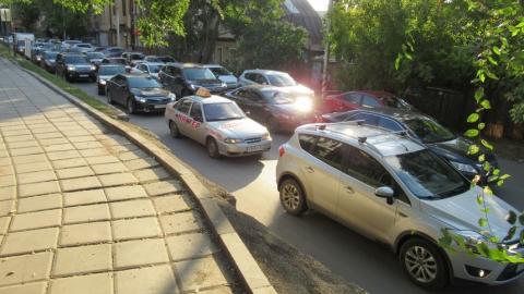 В Саратове перекрыта улица Мичурина