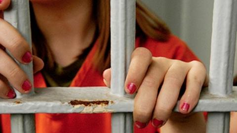 Девушка и 30-летний уголовник задержаны за разбойный налет на шиномонтаж