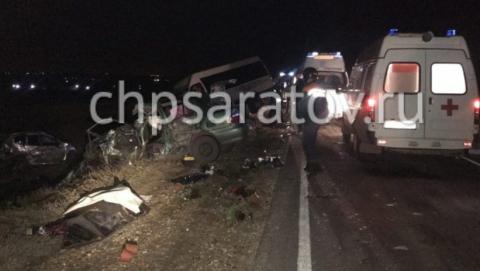 Под Саратовом столкнулись ЗАЗ «Шанс» и автобус «Властелин»