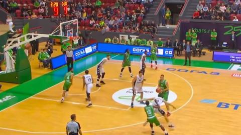 Саратовские баскетболисты в Казани за четверть набрали лишь пять очков